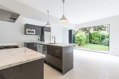 5 Beds House For Sale in Alfriston Road, Battersea, SW11