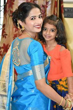 Beautiful Saree, Beautiful Women, Marathi Saree, Nauvari Saree, Mom Daughter, India Beauty, Saree Wedding, Beautiful Actresses, Pretty Woman