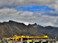 El Roque Chiguel desde el puerto by asotavento.com, via Flickr
