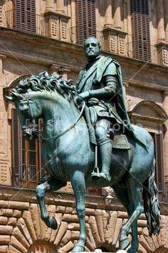 Statue of Cosimo de Medici in Florence