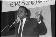 Clarence Page speaks at the Journalism Awards Banquet, Communication Week at Ohio University, 1988 :: Ohio University Archives