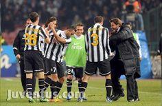 Serie A 11/12 11° giornata  29/11/11  Napoli-Juventus 3-3    22' Hamsik (Napoli) 40' Pandev (Napoli) 48' Matri  68' Pandev (Napoli) 72' Estigarribia  79' Pepe