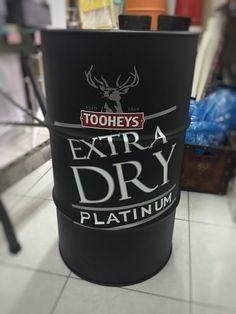 Tooheys #tooheys  #drum #oildrum #industrialdesign #barril #rebecaguerra #lata #decoração