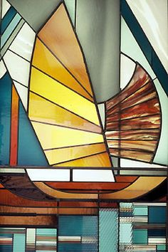 Detail of Commission: JUNKS - Formerly Located at Barclays Bank. Aberdeen, Hong Kong. Materials: leaded glass, 3 dimensional layered glass. Dimensions: 4m x 2m © Kristin Newton
