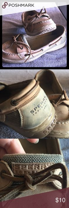Sperry women's Topsider!!! Preowned shape very comfortable just need cleaned up still very wearable! Sperry Shoes