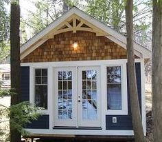 Apparently this is called a bunkie- it& a sleeping cottage to be used in the months where your windows are open- i& pretty sure it& now allowed by my property management company, but a girl can dream! Think: lake house. Style At Home, Casas Trailer, Plan Chalet, Prefab Cabins, Haus Am See, Cabins And Cottages, Small Cabins, Lake Cottage, Little Houses