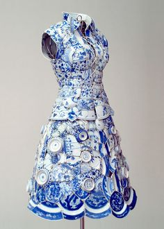 Li Xiaofeng is Beijing artist who creates clothing piece made from traditional Chinese ceramics. Li Xiaofeng is Beijing artist who creates clothing piece made from traditional Chinese ceramics. Blue And White China, Blue China, China Art, Sculpture Art, Sculptures, Pottery Sculpture, Crazy Dresses, Chinese Ceramics, Mannequins