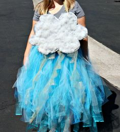 13 DIY Halloween Costumes For Adults: DIY Storm Cloud Costume