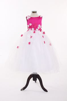 Empire waist sleeveless tulle charming flower girl dress - I would choose a different color Cute Wedding Dress, Fall Wedding Dresses, Colored Wedding Dresses, Wedding Bride, Perfect Wedding, Wedding Events, Dream Wedding, Wedding Day, Weddings