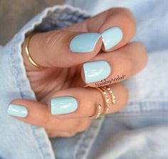Love the nails and the jewellery.
