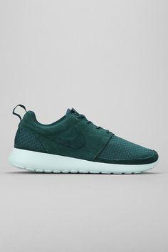 Nike. Roshe Run