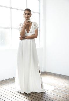 MILAN | Grace Loves Lace -->Pretty sure I found my St. Bart's Wedding Dress