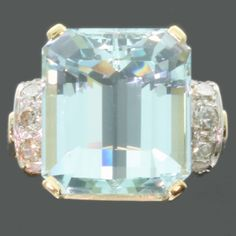 Gold estate diamond and aquamarine ring from the fifties (13073-0064)