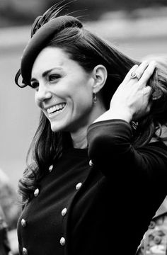 Catherine, Duchess of Cambridge. Freakin beautiful photo.