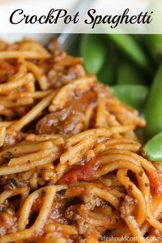 CrockPot Spaghetti Recipe This delicious slow cooker recipe is perfect for those days that are super busy and you may not have time to cook but you also don't want to buy fast food. Just five minutes of prep and as little as two hours to cook make this on Crockpot Dishes, Crock Pot Slow Cooker, Crock Pot Cooking, Slow Cooker Recipes, Beef Recipes, Cooking Recipes, Ground Beef Crockpot Recipes, Slow Cooker Lasagna, Tater Tots