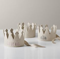 Wool Felt Crown, this would be so great for a kid to feel special on their birthday or a special occasion.  Who am I kidding...I want one!!