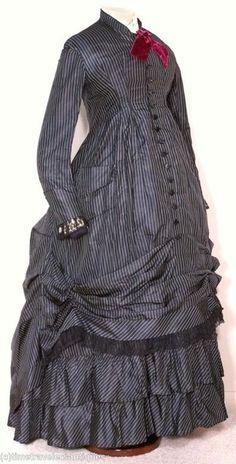 The HoopSkirt Society: Victorian maternity dress.
