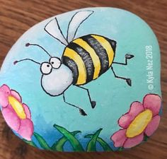Lets Check out these 50 best painted rock ideas below. Pebble Painting, Pebble Art, Stone Painting, Diy Painting, Painted Rock Animals, Hand Painted Rocks, Rock Painting Ideas Easy, Rock Painting Designs, Stone Crafts