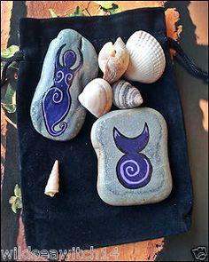 Make these at home and place them around the apartment!!! [GOD & GODDESS PALM STONES & POUCH ~ ALTAR CHARMS]