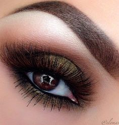 Glamorous! Love the lashes! #highbrow #glam #lashes   Hey girl hey want to be empowered daily?  Follow my blog where everyday I empower you to be fab, fierce, free and BUILD AN ONLINE EMPIRE....  http://fabfiercefreedom.com/