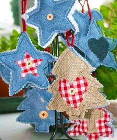 Denim Fabric Craft Ideas for Creative Christmas Decorating