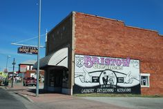 Bristow Oklahoma  http://route66jp.info Route 66 blog ; http://2441.blog54.fc2.com https://www.facebook.com/groups/529713950495809/