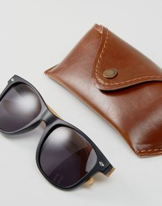 Pull&Bear Retro Sunglasses In Matte Black With Wooden Temples - Blue