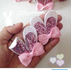 hair bows how to make ; hair bows diy easy no sew ; hair bows diy easy step by step ; Ribbon Hair Bows, Diy Hair Bows, Diy Bow, Diy Ribbon, Ribbon Crafts, Ribbon Flower, Diy Crafts, Fabric Flowers, Felt Hair Accessories