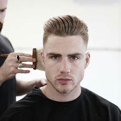 Popular Haircuts For Short Hair Men Best Short Haircuts, Popular Haircuts, Haircuts For Men, Barber Haircuts, Pompadour Hairstyle, Undercut Pompadour, Style Hairstyle, Hair Trends 2015, Mens Hair Trends