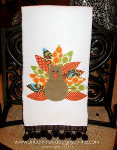 Appliqued turkey towel: www.uncommondesignsonline.com