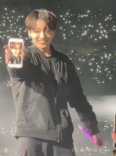Image about bts in jeon jungkook ♡ 전정국 by mae Jungkook Cute, Foto Jungkook, Foto Bts, Bts Photo, Taekook, Vlive Bts, Just Dream, Bts Aesthetic Pictures, About Bts