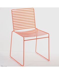 The Arizona Wire chair is a new addition to Cintesi's indoor and outdoor chair range. Manufactured from 12x3mm flat steel, fully welded together for superior strength. Zinc plated and powder coated for outdoor use.