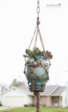 Mason jars are being cut like crazy around here. Today I am showing you how to make this easy macrame mason jar hanging planter. I have always wanted to make a macrame planter like this, and have. Mason Jar Crafts, Mason Jars, Mason Jar Planter, Diy Jars, Plants In Jars, Hanging Planters, Diy Hanging, Diy Projects To Try, Diy Crafts