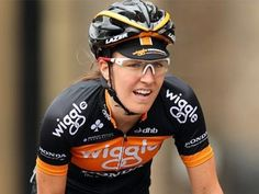 Olympic champion Dani King breaks five ribs and suffers collapsed lung Dani King, Olympic Champion, Bike Rider, Cool Bikes, Lunges, Olympics, Captain Hat, Cycling, Ribs