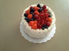 Fruittaartje van rode vruchten