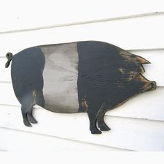 Pig Sign Wooden Belted Pig Signs Farmhouse Decor Country Pig - These True Classic Belted Pigs Are Sometimes Called Saddleback Pig Or Wessex Saddleback We Just Luv The Graphic Look Of These So We Created An Oversized Wooden Sign Version Its The Perfect Add Primitive Crafts, Country Primitive, Wooden Diy, Wooden Signs, Country Decor, Farmhouse Decor, Country Fair, Black Faced Sheep, Barn Wood Crafts