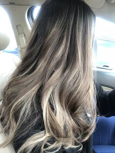 9 Best Fall Hair Trends That Will Inspire Your Next Look Brown Hair Balayage, Brown Blonde Hair, Hair Color Balayage, Brunette Hair, Hair Highlights, Ashy Blonde, Ash Hair, Blonde Balayage, Ombre Hair Color