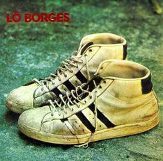 Lô Borges: Lô Borges; 1972; Design: Tadeu Valério;  Fotografia: Cafi