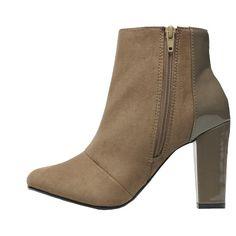 Schicke #Stiefelletten in #Braun von #I #Love #Shoes. Der Kontrast von #Lackleder und #Wildleder lässt den Schuh außergewöhnlich wirken. Ein absolutes #Must-Have. ♥ ab 69,00 €