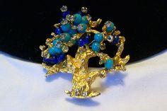 PRETTY VINTAGE HATTIE CARNEGIE RHINESTONE  GLASS BEAD TREE OF LIFE BROOCH PIN