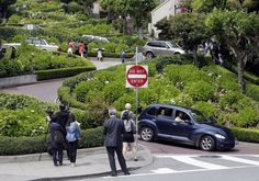 Lombard Street swarms with camera toting tourists every day of the year.  / Photo: Marcio Jose Sanchez