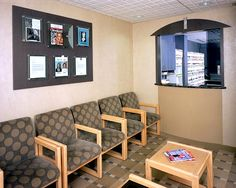 Doctor Office Reception Room Decorating   Medical Office Waiting Room  Chairs   Interior Design For The