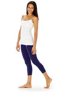 fresh summertime yoga outfit   hyde yoga white long cami & navy wren leggings www.yogahyde.com #hydeyoga #yogaclothes