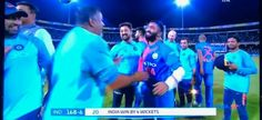 What a knock @DineshKarthik plays. Take a bow man  Last ball six 👌  29* from just 8 balls #India win the #NidahasTrophy 🏆 by chasing #Bangladesh 166 runs  #INDvsBAN #INDvBAN #TeamIndia #NidhasTrophy2018 #T20 #Final #Finale #Match  https://twitter.com/Imvikaskohli/status/975425053218099200