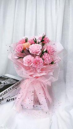 Paper Flowers Craft, Flower Crafts, Diy Flowers, Paper Crafts, Paper Flowers Wedding, Flower Diy, Diy Crafts Hacks, Diy Crafts For Gifts, Creative Crafts