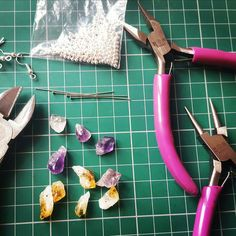I spy with my little eye... Citrine and Amethyst Crystal points, about to be designed into new jewellery 😍   Exciting!
