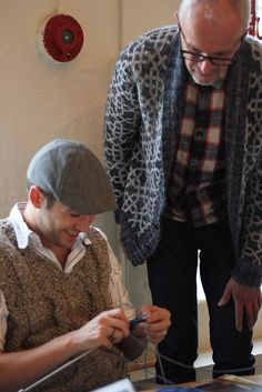 Martin Storey (r) teaching at Yorkshire Wool Week 2012 (at Baa Ram Ewe)