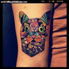 tatuaje de gato figuras coloridas