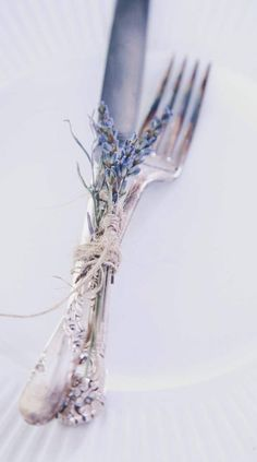 Flatware tied with twine + lavender.