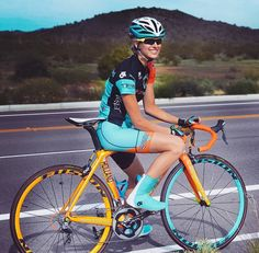 """studiocw: """"Colorful Cycling Beauty Holland Smith http://instagram.com/hollandsmith12"""""""